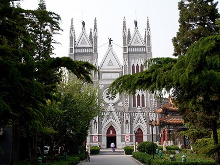 Chinese architectural elements underscore the cathedral's style as more Sino-Gothic than merely Gothic Revival in a purely Western sense. Photo: flickr.com/Matthew Stinson