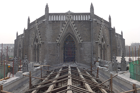 The exterior of the cathedral during renovation of the roof. Photo: Thomas Coomans