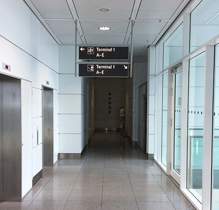 The corridor leading to the Meditation and Prayer Room at Munich Airport. Photo: Author