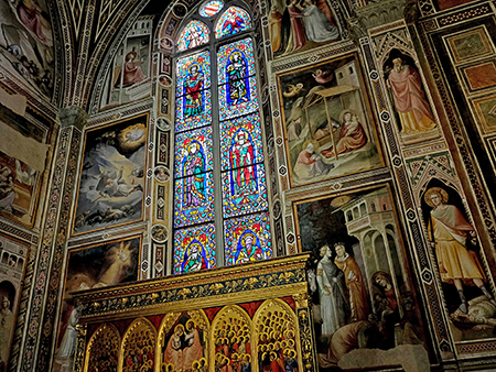 Baroncelli Chapel, Santa Croce, Florence. Frescos and stained glass by Taddeo Gaddi, 1328-1334. Credit: Author