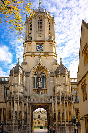 Christopher Wren's bell tower was added to the Christ Church gatehouse at Oxford in 1681. Photo: flickr.com/Timothy Burling